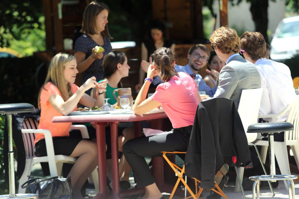 campus de l'Ecole de Savignac - déjeuner
