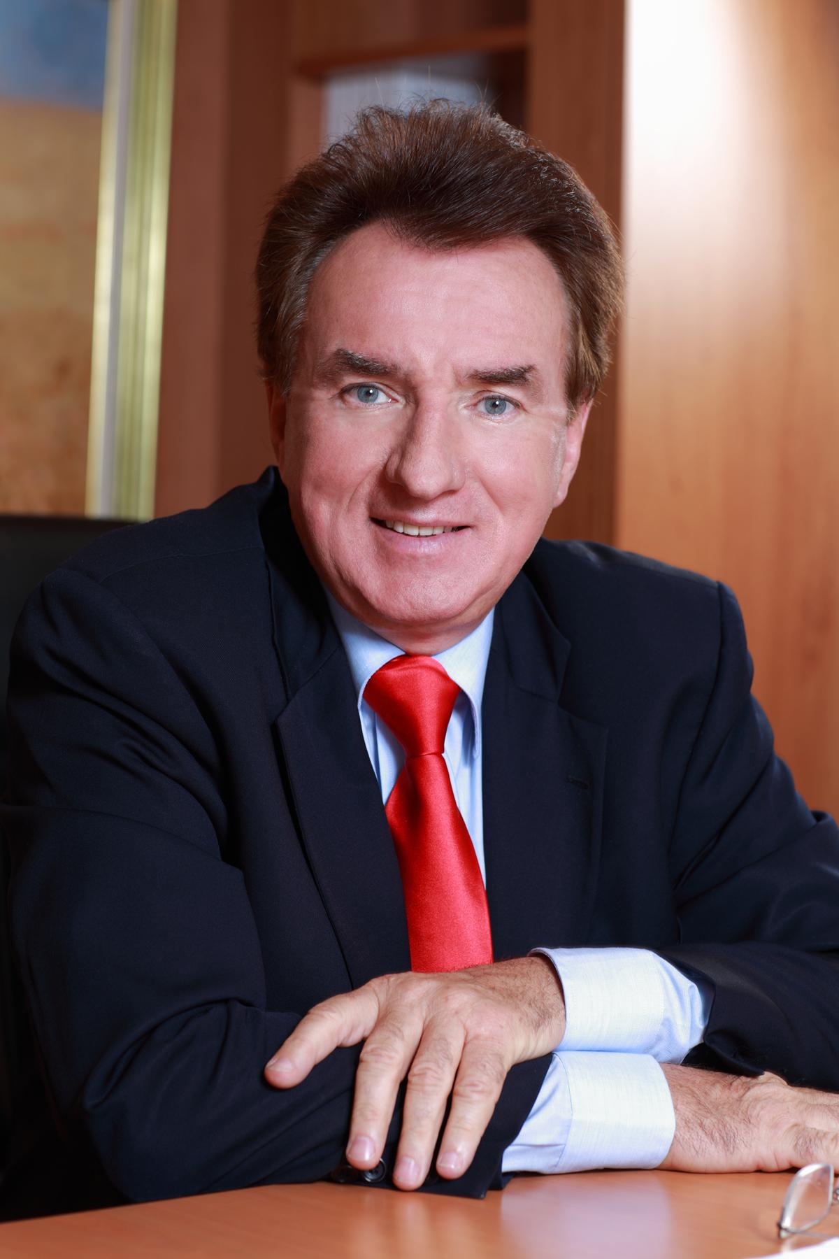Louis Le Duff, parrain de promotion à Savignac