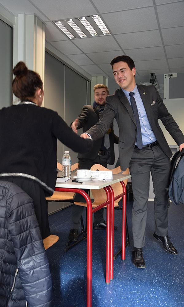 entretien en forum des métiers à l'Ecole de Savignac